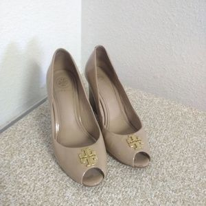 Tory Burch Beige Patent Leather Wedge Shoes